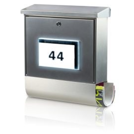 Sunny times: Solar-letter box with illuminated house number